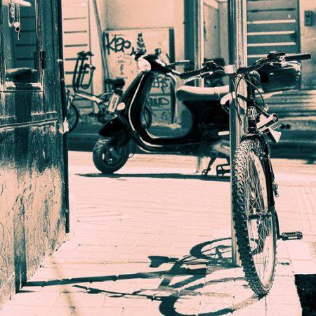 אורית גפני | פינת רחוב Orit Gafni | Street Corner